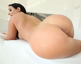 Angela White - Big tits Round asses